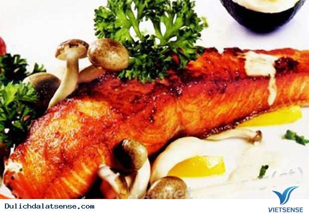 Cá hồi nướng lá Oliverlon